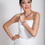 Bangkok-Gems-Jewelry-Fair-2013-Model3